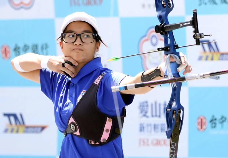 射箭企業聯賽》蘇思敏扳倒東奧國手 協會青年決賽首勝到手