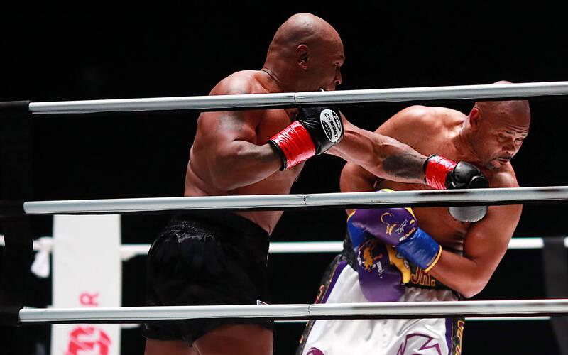 拳擊》百歲大戰纏鬥8回合 泰森復出16分鐘狂賺近3億