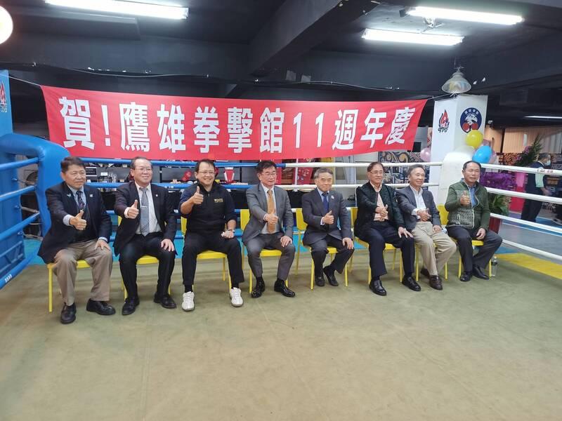 拳擊》「小巨人」郭枝來寶刀未老 率職業拳協培養台灣拳王