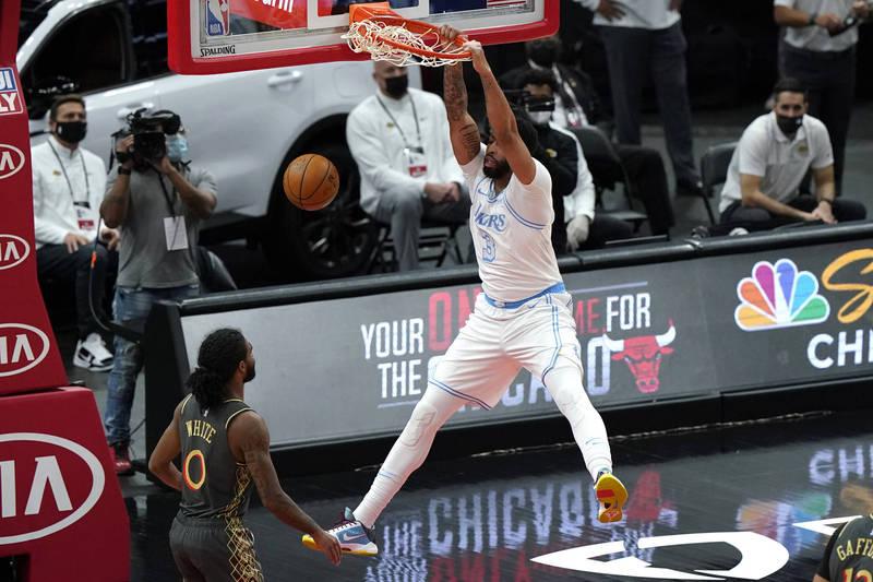 NBA》AD砍賽季新高37分 衛冕軍湖人續寫客場9連勝