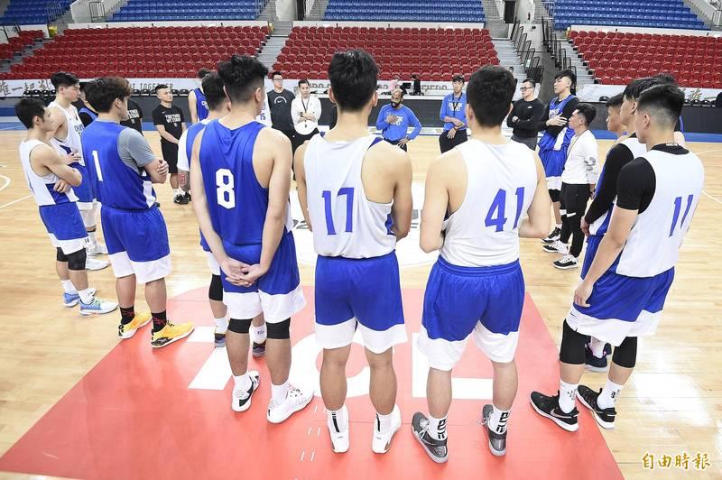 亞洲盃》台灣男籃12人名單出爐 阿巴西將成為第2歸化球員