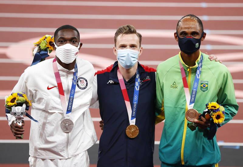東奧田徑》400跨有超級怪物  美國班傑明訝異46秒1只夠格奪銀