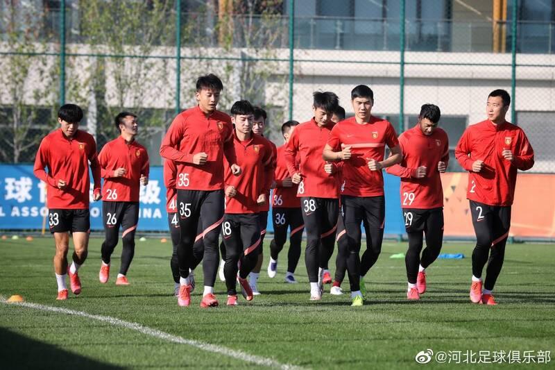 足球》中國超級聯賽再傳危機!河北隊繳不出水電費停工