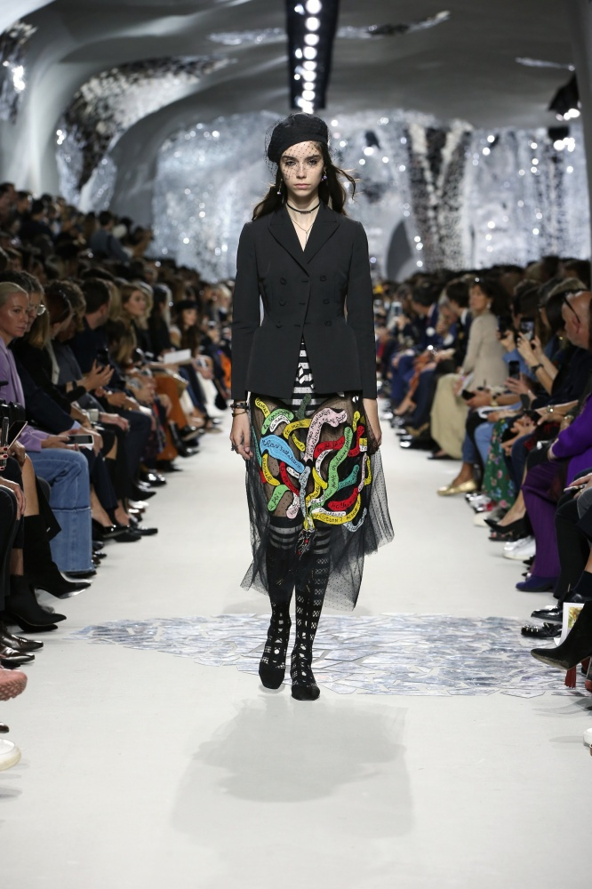 【看懂時裝週】趕快筆記! Dior 秀場透露的明年春夏 4 大流行趨勢!