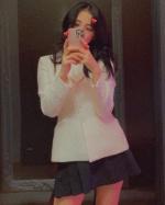 秀智、時尚媽咪Melody都著迷!這件「西裝外套」紅70年照樣有型
