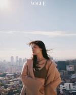 (影片)宋慧喬挑戰出道以來最性感!露香肩、蠻腰搶登「金九」封面