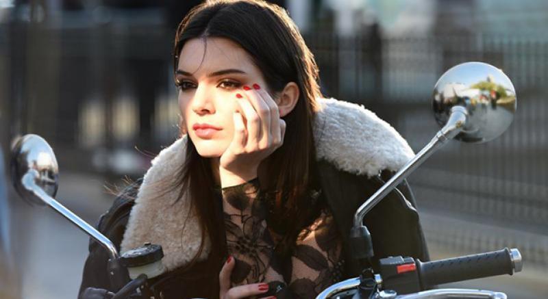 金‧卡戴珊妹妹Kendall Jenner全新身份