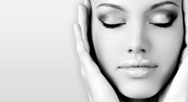 側睡容易長皺紋?7個生活中的保養小事