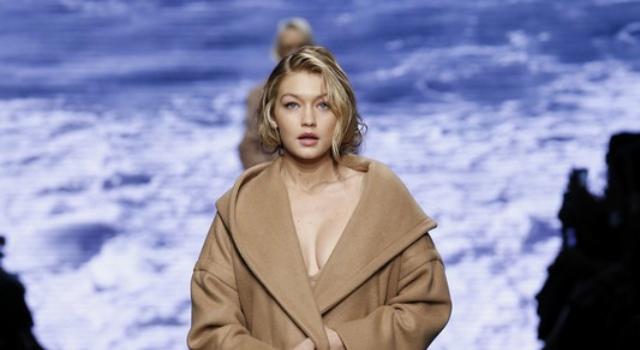 只穿外套可以嗎?模特兒新寵Gigi Hadid火辣指數全開!