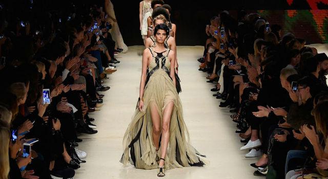 米蘭時裝周開跑!首日最亮眼的13件禮服都在這!