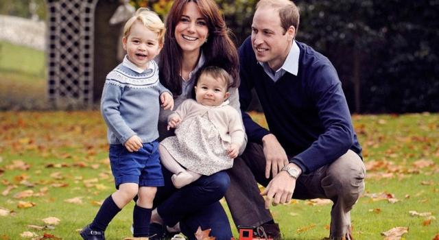 皇室耶誕卡出爐!喬治王子長高又長帥了!