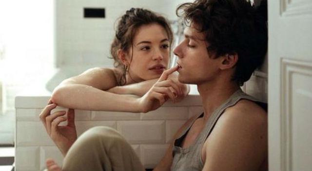 比沉默還可怕!心理學家:情侶吵架出現「一種態度」就會把愛情推向死亡之路...