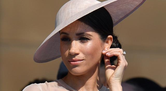梅根嫁入英皇室後首次曝光!這個「小動作」大家都看到了⋯