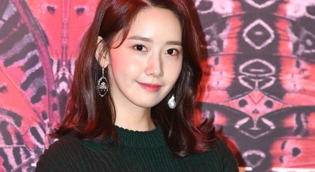潤娥最新廣告「白襯衫+小白襪」男粉絲:叫女友在家也這樣穿!