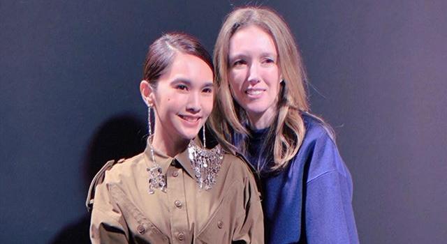 巴黎時裝週》楊丞琳看Givenchy秀化身「褲」女郎,戴13萬大耳環搶鏡!