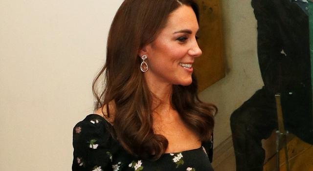凱特王妃大膽動刀「改造舊衣」!皇室鐵粉狂讚:看不出同一件...