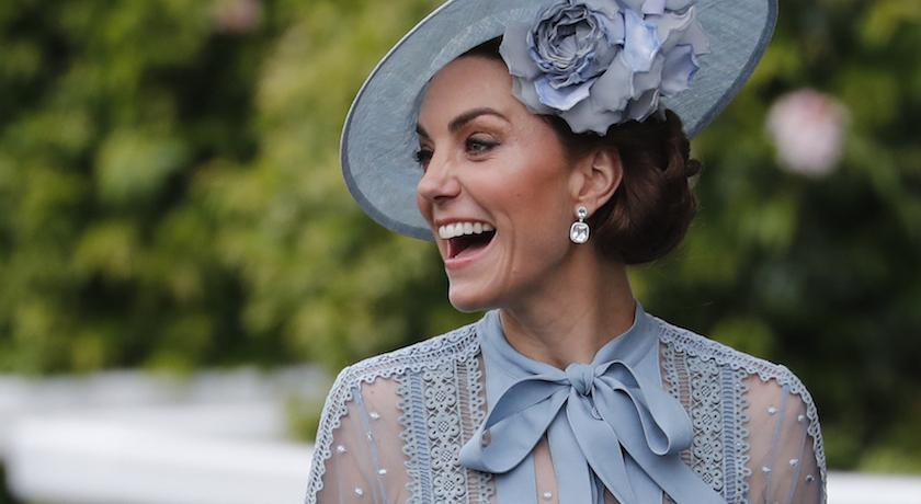凱特王妃又跟艾莎借衣服穿!英國皇室也有Dress Code?