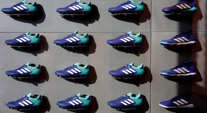 Adidas 愛迪達商標「不夠有特色」被判無效!還引起兩邊網友大戰?
