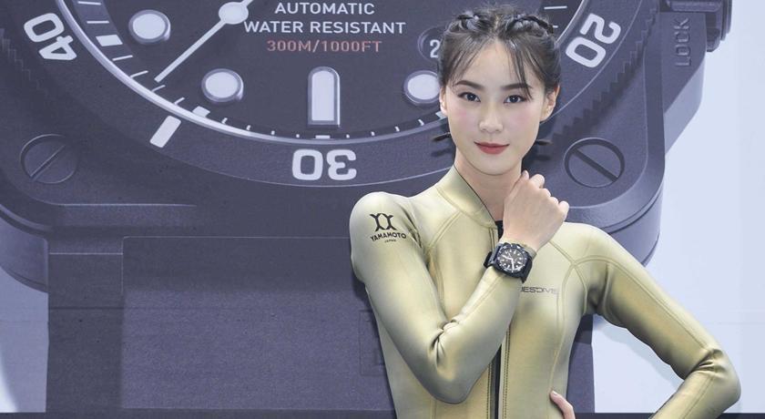 (有片)與曹晏豪戀情升溫!不過戴「情侶對錶」鍾瑶卻直接拒絕?