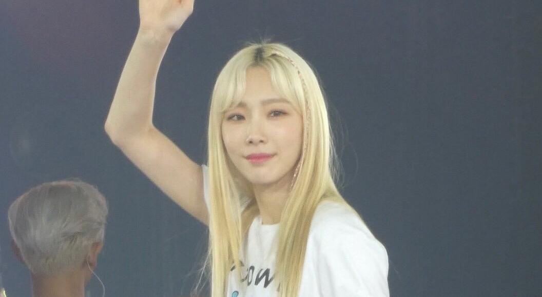 太妍SM演唱會這樣穿辣翻了!「中空露肚」配熱褲台下全暴動