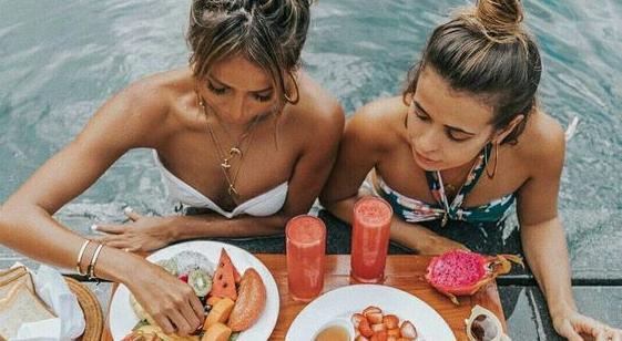 肌膚保濕「用吃的」也可以?營養師:這些食物吃了超補水!