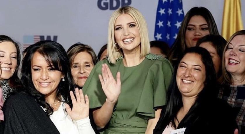 川普女兒出訪哥倫比亞淪「時尚災難」?網噴笑:根本傘蜥蜴!