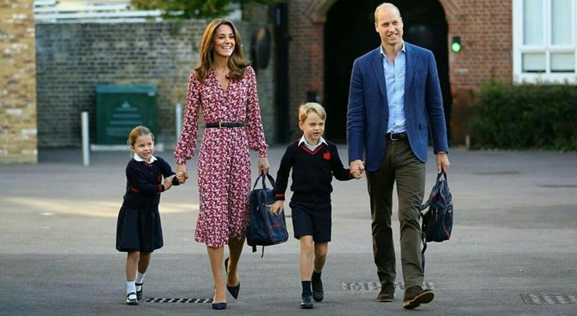 夏綠蒂小公主上學了!與「學長」喬治小王子一起進校門萌翻