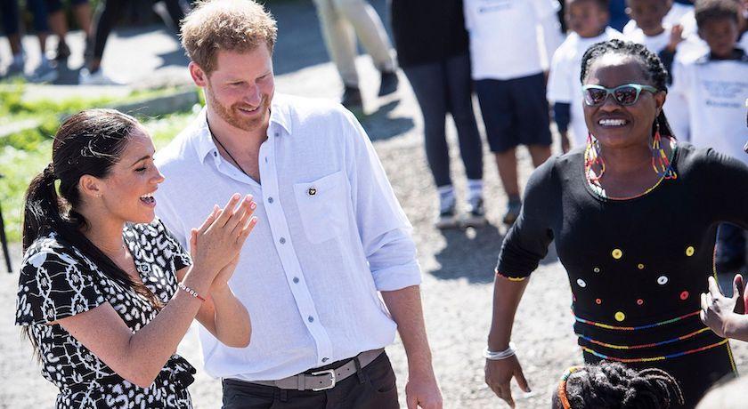梅根王妃出訪非洲致敬黛妃經典瞬間!首日行程卻不見小王子阿奇?