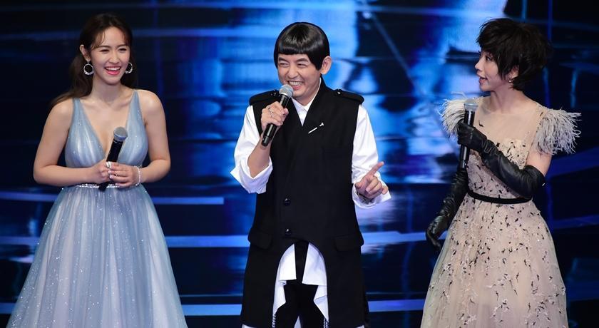 【金鐘典禮4】吳姍儒、Lulu 台上爆笑鬥嘴!被大讚造型比紅毯吸睛