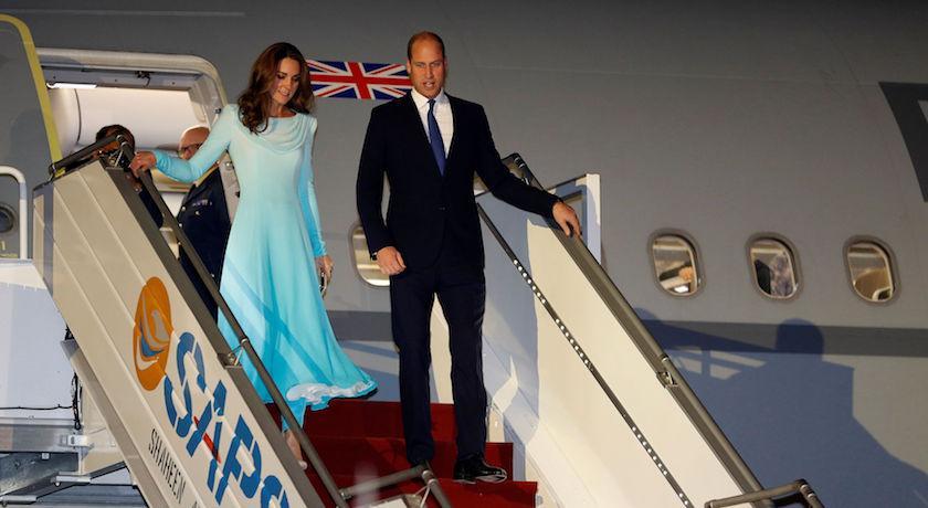 凱特王妃又跟艾莎借衣服穿!出訪巴基斯坦把「這位」秘密武器帶身邊