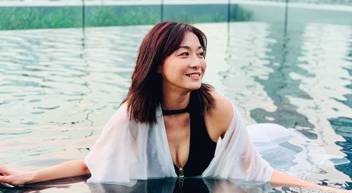 41歲江祖平火辣連續解放!大紅禮服「超殺裸背」性感完勝嫩妹