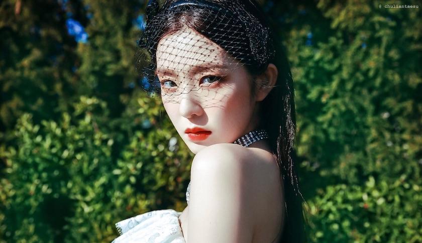 Red Velvet新曲曝光!隊長Irene光憑「一個眼神」就登上世界趨勢