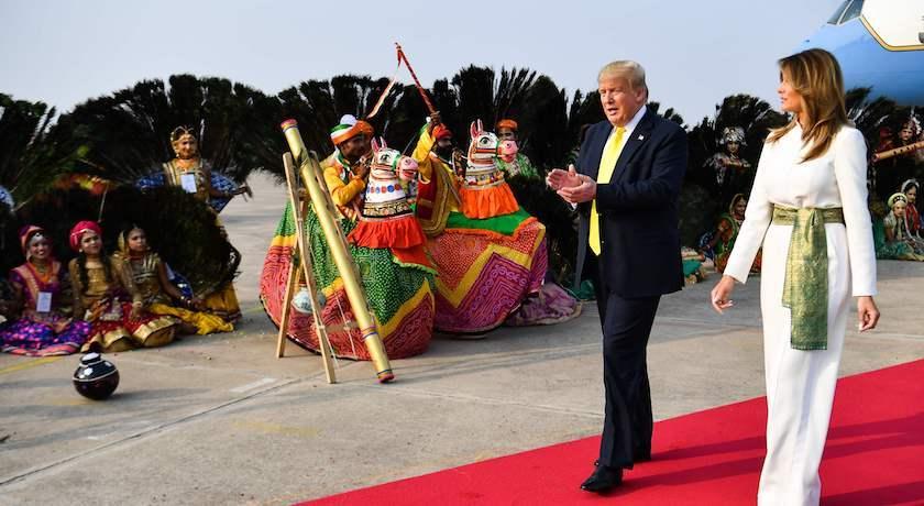 川普任內首出訪印度!第一夫人穿衣心機全藏細節裡