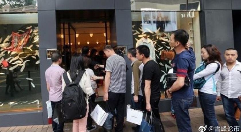 暴買愛馬仕?傳廣州單店一天經營業額逾8000萬 震撼時尚圈
