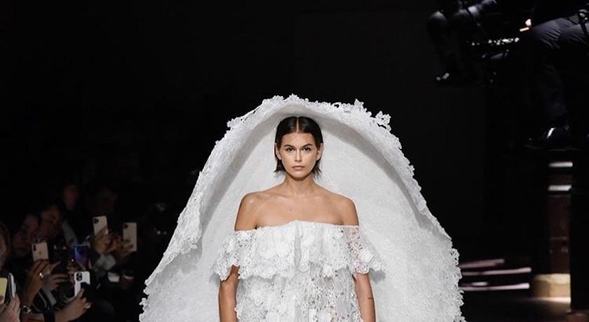 梅根婚紗設計師、Givenchy創意總監離任!外媒揭三年玩完「致命傷」