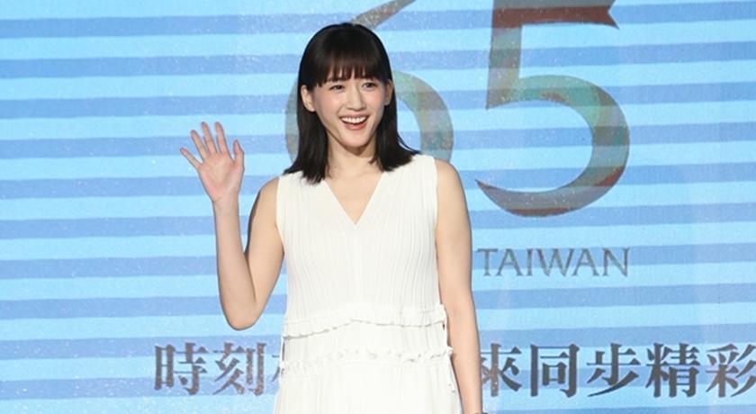 網友崩潰了!「日劇女神」綾瀨遙驚爆與韓國男星早已秘戀兩年