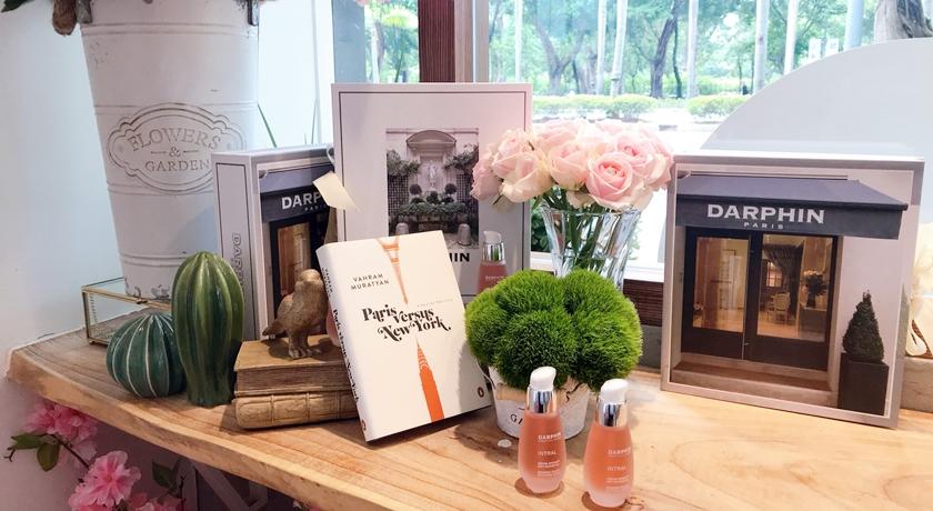 粉紅控絕對失心瘋!「朵法粉紅花店」一秒到巴黎,連冰淇淋都是玫瑰花辦
