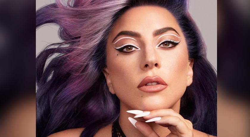 Lady Gaga「三色眼線」為自家品牌拚了!鄉民大呼:超級辣人眼睛