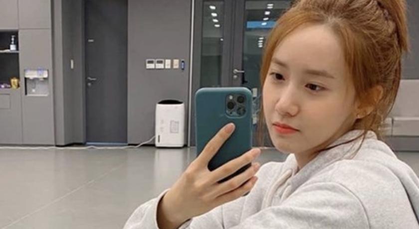 與孝淵共舞影片曝光!潤娥穿超短 T 恤一舉手露出「雪白蠻腰」
