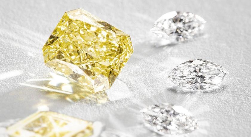 黃鑽、祖母綠、藍寶石誰最貴?「這枚戒指」破台幣兩千五百萬