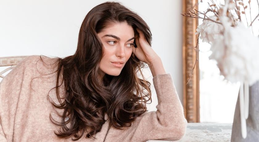「頭皮鬆」是造成「臉皮垮」的兇手!6 大頭髮初老徵兆幫你超前佈署