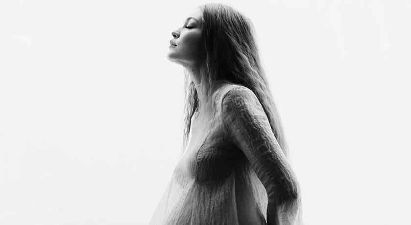 超模 Gigi Hadid 曬孕肚寫真!燈光一打網驚呼:太逼人