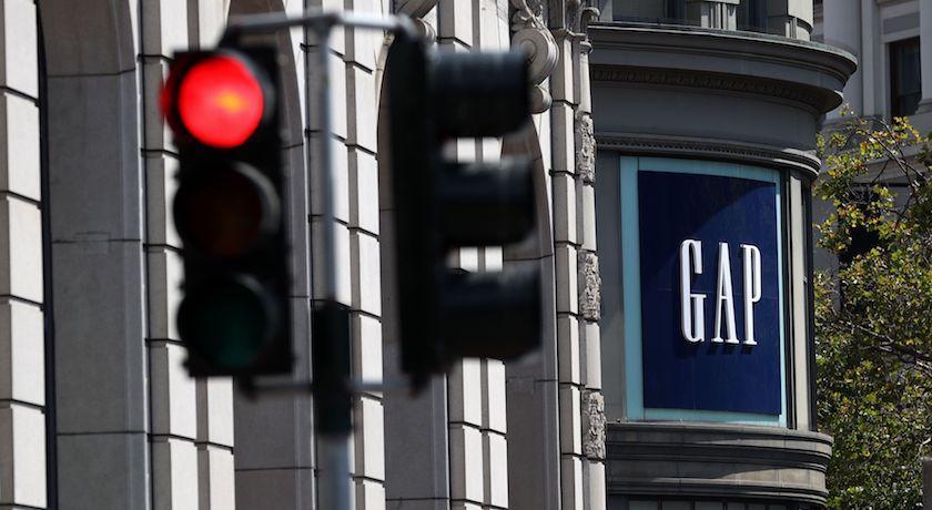 GAP第二季營收大跌18%!卻靠「它」翻身狂吸1.3億美元
