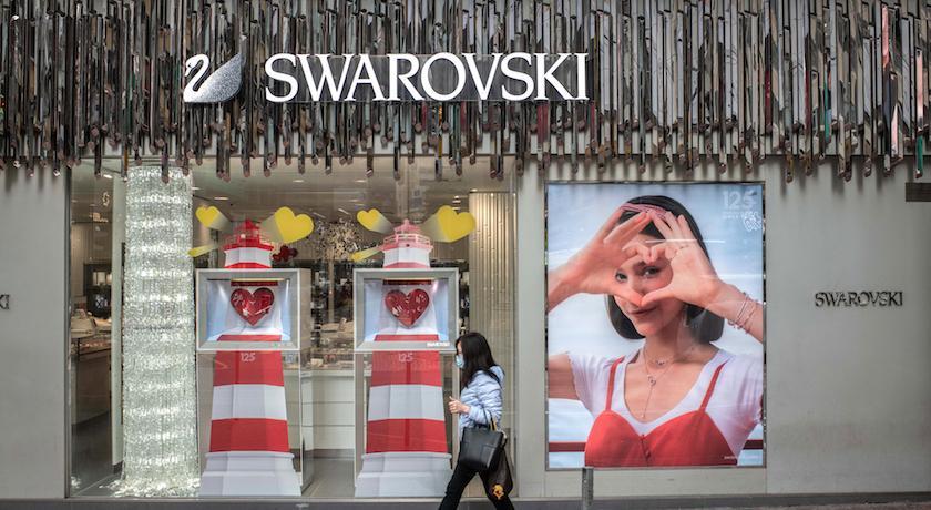 施華洛世奇受疫情衝擊傳將收三千間店、大舉裁員六千人!