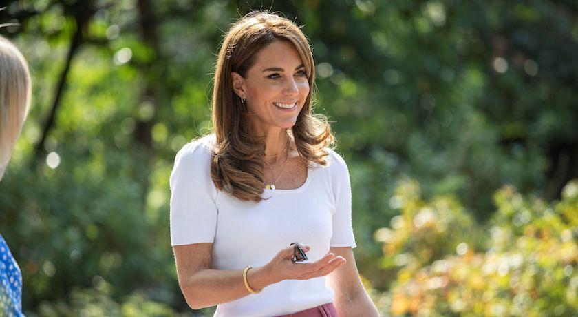致敬黛妃經典!凱特王妃「掰了最愛」新造型現身