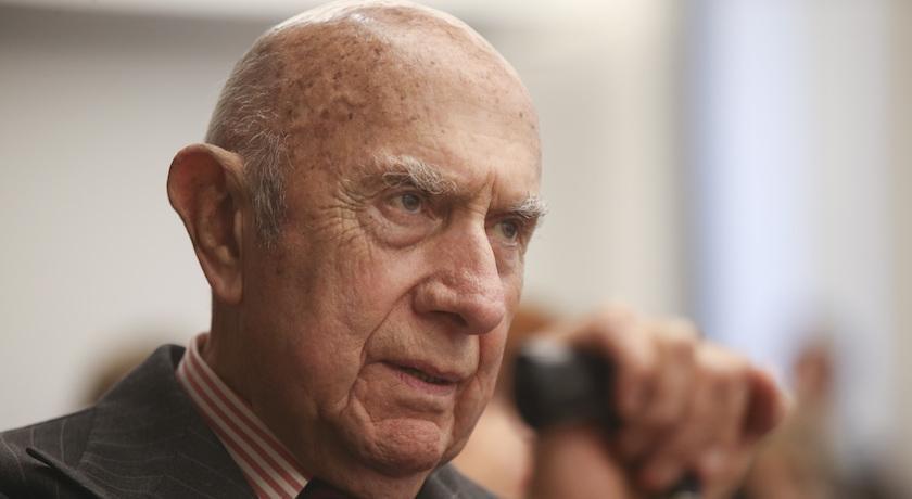 一手創立米蘭時裝週!「義大利時尚總理」離世享耆壽92歲