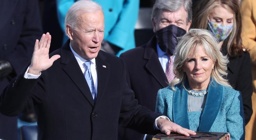 拜登就職與夫人同穿「夫妻色」!外媒曝:顏色背後有這層寓意