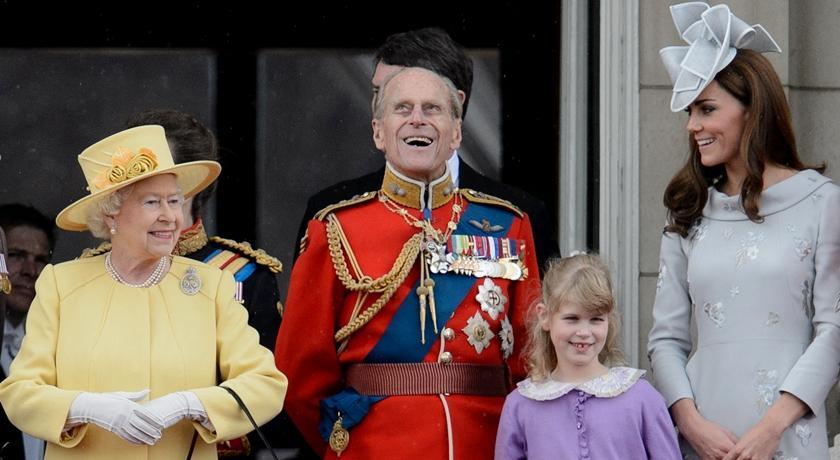 凱特王妃大婚花童長大了!17歲露易絲女爵穿「媽媽舊衣」亮相超吸睛