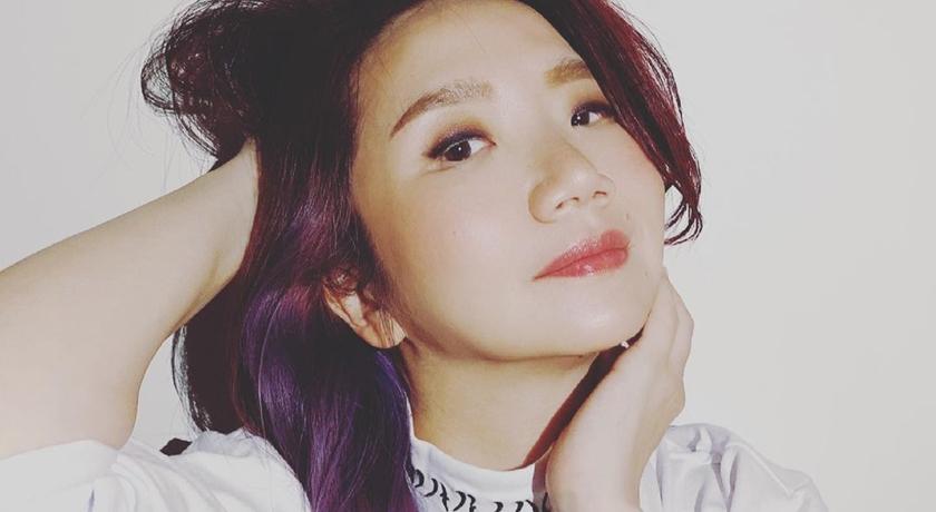 陶晶瑩被女兒嫌「不會拍照」!15歲荳荳親掌鏡:賈靜雯、王心凌都舉手+1