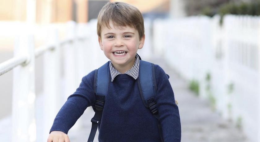 小王子路易三歲了!「燦笑騎腳踏車」樣貌曝光萌翻了